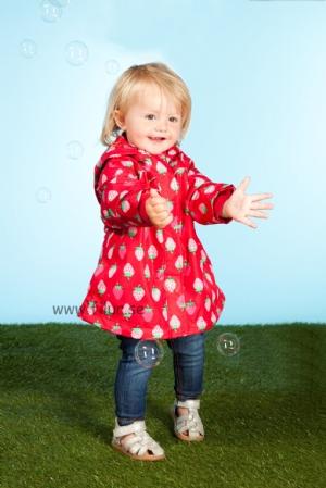 4c81dd1838f4 Fina barnkläder med mycket färg och roliga mönster från MeToo Barnkläder  beställer du på www.filur.se !