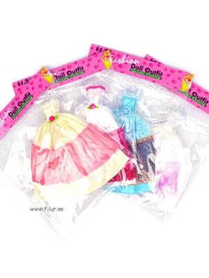 Klänning för Barbiedocka / Dockkläder