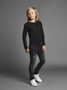 NITTRAP Svarta Jeans SKINNY NOOS f54968abbb63d