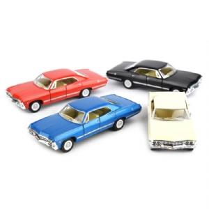 Leksaksbil i metall - Chevrolet Impala 1967 1:43